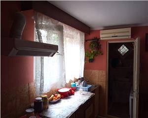 Casa + gospodarie + afacere (moara, magazin, bar) V. Seaca Balcescu 0%