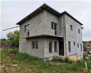 Casa tip duplex semifinisata la 10 min de centrul SV, Comision 0%
