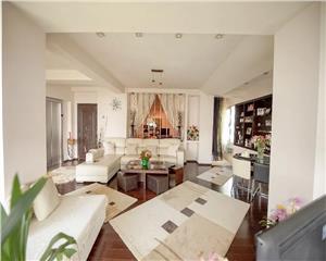 URGENT Apartament Penthouse zona La Scoica 120mp, termen lung