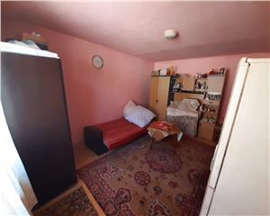 Resita, Apartament curte comuna 1 Cam., Muncitoresc