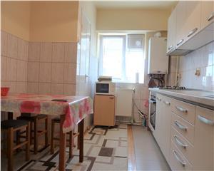 Hortensiei Apartament 3 camere decomandat 2 bai 2 balcoane etaj III