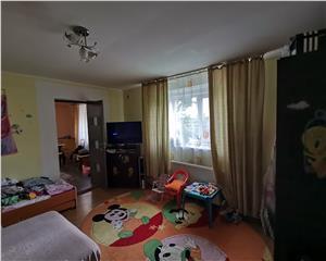 Apartament la casa 69 mp in centrul orasului, curte 290 mp Comision 0%