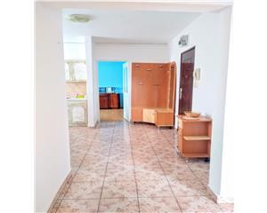 3 camere decomandate 65mp- Str Imparatul Traian- 2 balcoane
