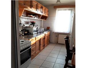 Apartament 2 camere mobilat utilat etaj 3 zona Maniu