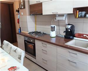 Apartament 2 camere superfinisat langa Colegiul Vasile Lucaciu