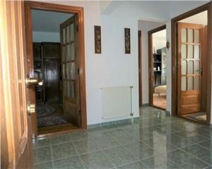 Ultracentral Apartament 3 camere decomandat