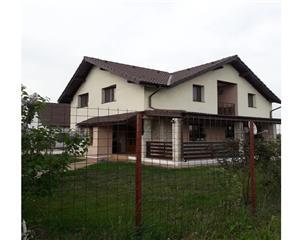 Casa/Vila 5 camere, 2 bai - Harman Brasov