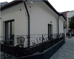 Casa/Vila- 170 mp- Mobilata-Utilata- 3,5 ari teren- Zona Gen.1