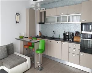 Apartament superb , 3 camere termen lung , garaj