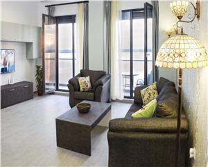 Penthouse ,3 camere, termen lung,piscina ,garaj