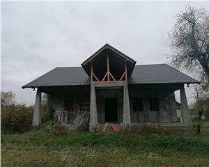 Casa de vanzare, la rosu,sat Galbeni,Filipesti 145mp utili, comision 0