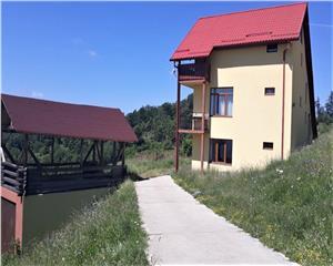 Casa vacanta/Cabana- 35 ari -Standard European- Josenii Bargaului