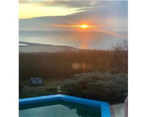 Vila superba la mare cu piscina proprie si curte, termen lung