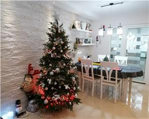 Apartament  de vanzare 3 camere decomandat, 87mp UTILI