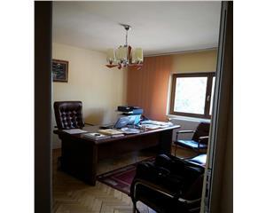 3 camere - piata vitan - 2 grupuri sanitare