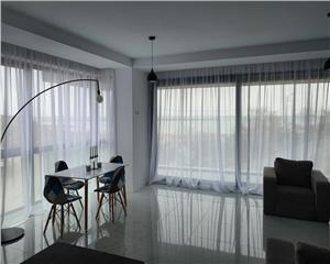 Apartament superb, vedere frontala mare, termen lung