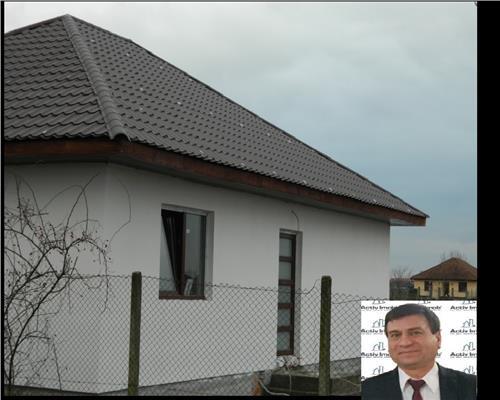 casa noua la cheie - 3 Camere - curte - Zona Linistita