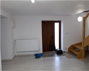 Resita,Apartament la casa Central