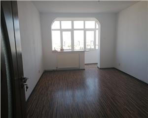 Apartament de vanzare 2 camere decomamndat 54 mp utili, CENTRAL