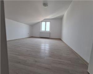 Apartament 3 camere 90 mp Cisnadie