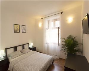 Apartament Ultracentral - la casa, cu cont Booking