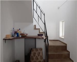 Casa 4 camere,2 bai    Brasov
