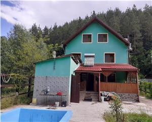 Casa de Vacanta P+E+M - 6 Camere - Valea Bozomului -Apata Brasov
