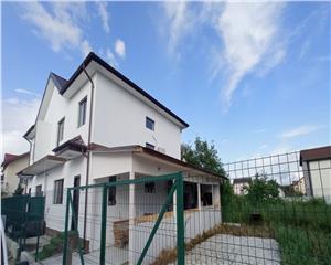 Vila-Duplex - 4 camere - Cornetu - utilata complet