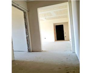 Apartament de vanzare - 3 camere