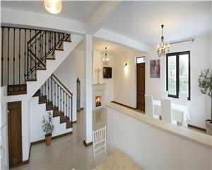 Vila unicata, eleganta - Straulesti - totul nou, impecabil