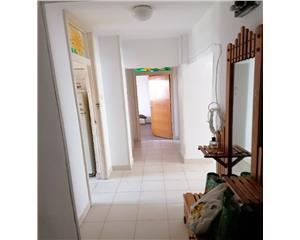 3 camere decomandate - 2 bai - renovat recent - timpuri noi