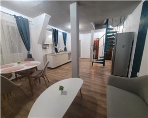 apartament de vanzare cu 3 camere